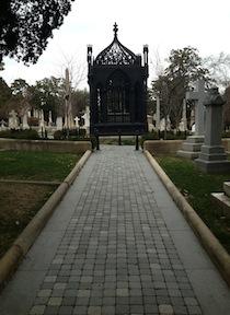 Monroe-sidewalk
