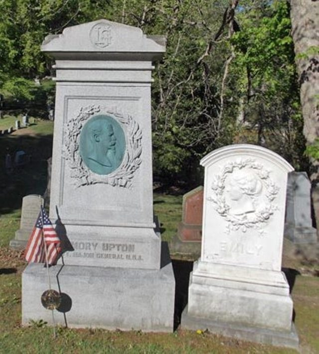 emory-uptons-grave-at-fort-hill-cemetery_auburnny